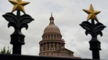 Texas-republikanere ber politiet hente demokrater som forsøker å slippe unna valgavstemning