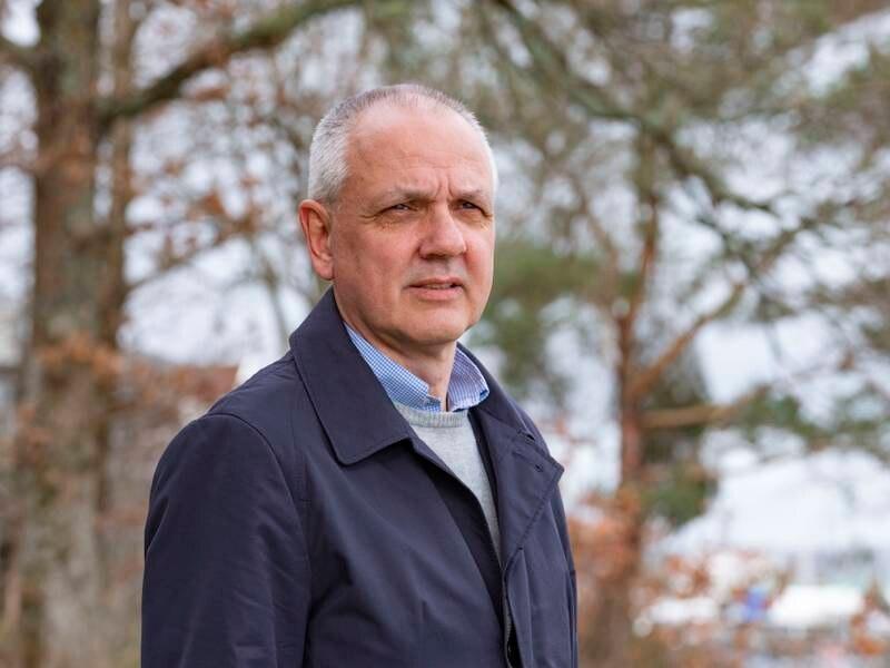 Overlege Preben Aavitsland i Folkehelseinstituttet meiner vaksineringa har gjort koronaviruset langt mindre farleg. Foto: Tor Erik Schrøder / NTB / NPK