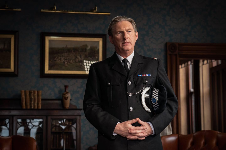 Vil Anne Holt og de mange andre fans av «Line of Duty» få se mer til overbetjent Ted Hastings på skjermen. 16 millioner britiske TV-seere antyder at det finnes en mulighet for det. BBC liker også høye seertall.
