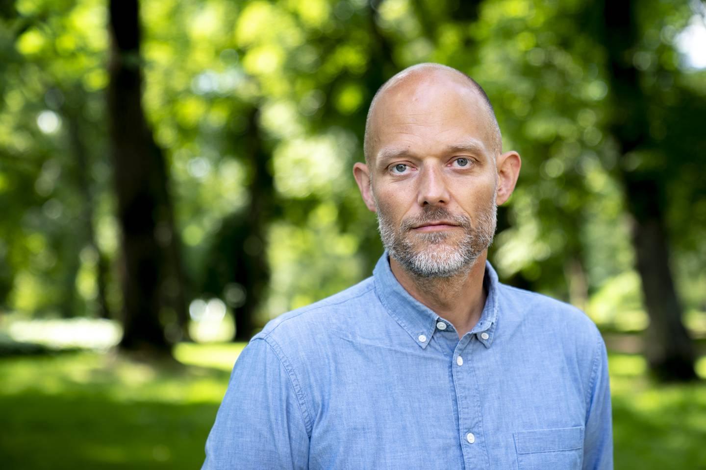 Eskil Vogt er dobbeltaktuell foran filmfestivalen i Cannes. – Noen tror kanskje at jeg «heier» litt ekstra på «De uskyldige», men jeg er like stolt av «Verdens verste menneske». Jeg legger igjen et stort personlig avtrykk og engasjement i filmene jeg skriver sammen med Joachim, understreker Vogt. Foto: Torstein Bøe / NTB