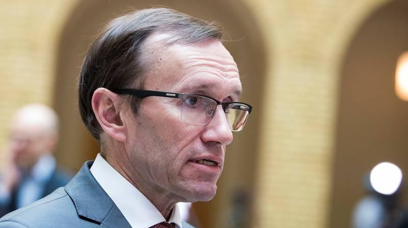 Aps energipolitiske talsperson Espen Barth Eide avviser påstander om dyrere strøm som følge av norsk tilslutning til EUs energiunion.