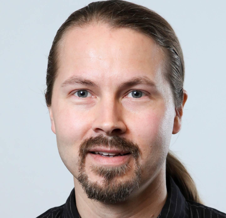 Sturla K Johansen er personen bak Facebook gruppen «Vi som ønsker saftisen Kjempe-Yes tilbake på markedet».