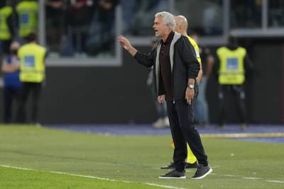 Mourinho utvist da Roma tok sterkt poeng mot Napoli