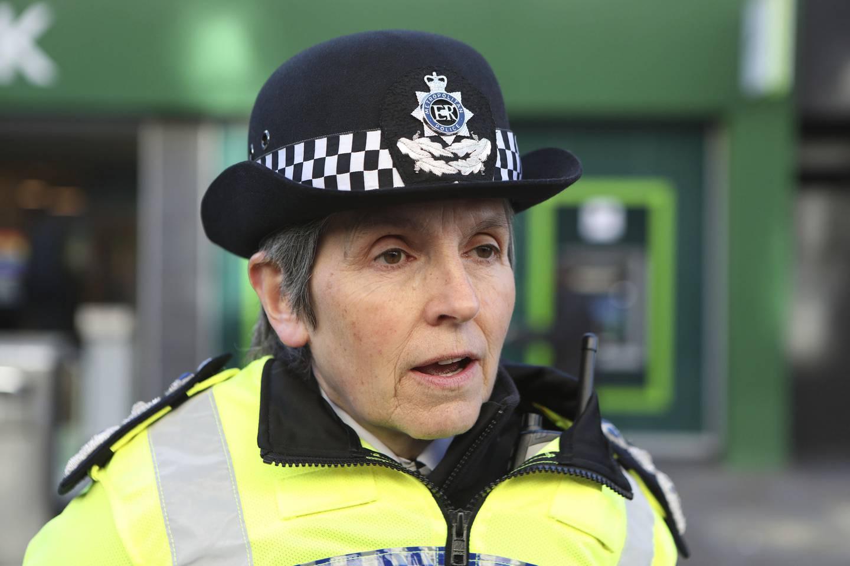 London-politiets øverste leder, kommisjonær Cressida Dick tok avstand fra skildringen av korrupte politifolk i den populære serien og hadde behov for å presisere at korrupsjon på ingen måte var så utbredt i  britisk politi som i  «Line of Duty».