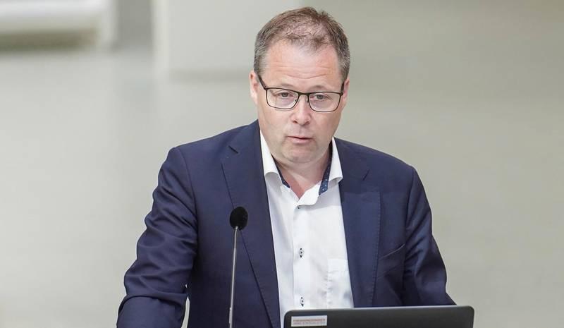 Oslo 20200623.  KS-leder Bjørn Arild Gram under presentasjonen av hovedtrekkene i stortingsmeldingen om innovasjon i offentlig sektor på Startuplab i Forskingsparken. Foto: Fredrik Hagen / NTB