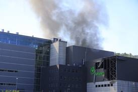 Flere alvorlig skadd i eksplosjon på gjenvinningsanlegg i Kristiansand