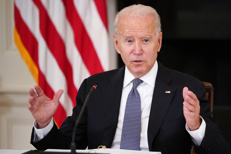 President Joe Biden hadde som mål at 70 prosent av alle over 18 skulle ha tatt en dose koronavaksine innen nasjonaldagen 4. juli. Det gikk ikke, blant annet på grunn av vaksineskepsis. Men nå er tallet passert.