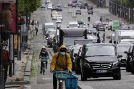 Ordføreren i Paris tar sikte på kraftig reduksjon av biltrafikk i sentrum