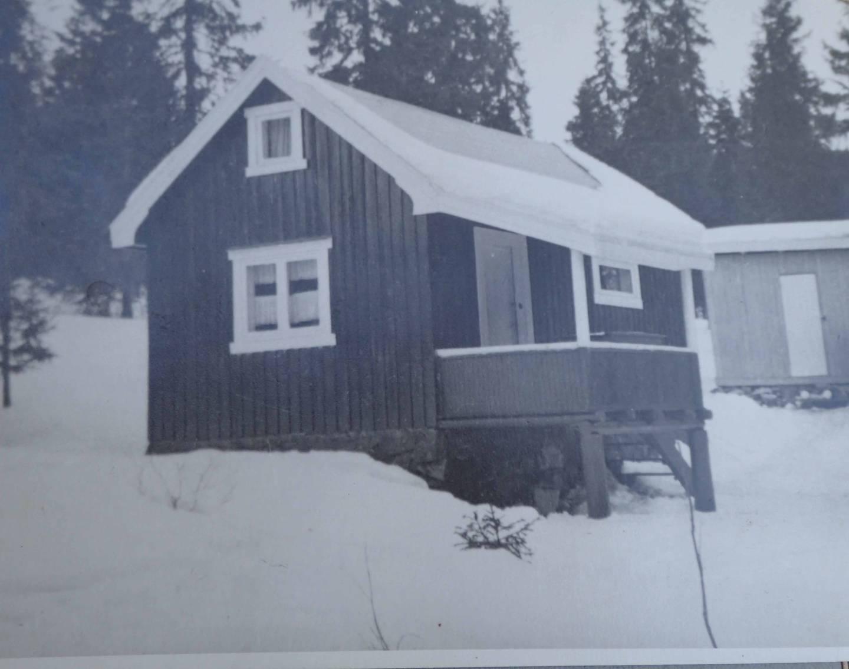 Hytta Granro på Landfallbrenna i Drammensmarka som Kjell Pedersen kjøpte på sin 18-årsdag i 1940