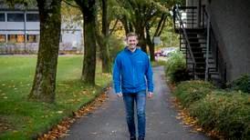 På søndag går Steffen fra dør til dør for 20. gang