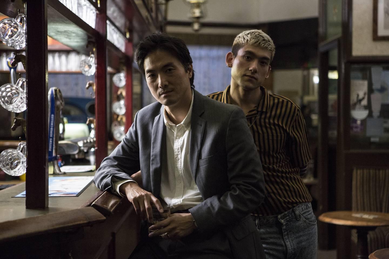 Japansk og britisk TV i skjønn forening i BBC-krimmen som byr på noe litt annet, i «Giri/Haji» - på norsk «Plikt/Skam».