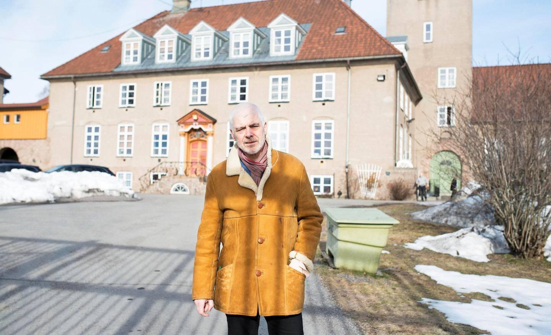 Foreslår tiltak: Petter Eide (SV) mener stortingsflertallet svikter de aller sykeste innsatte i norske fengsler. Her fra besøket på Bredtveit fengsel.