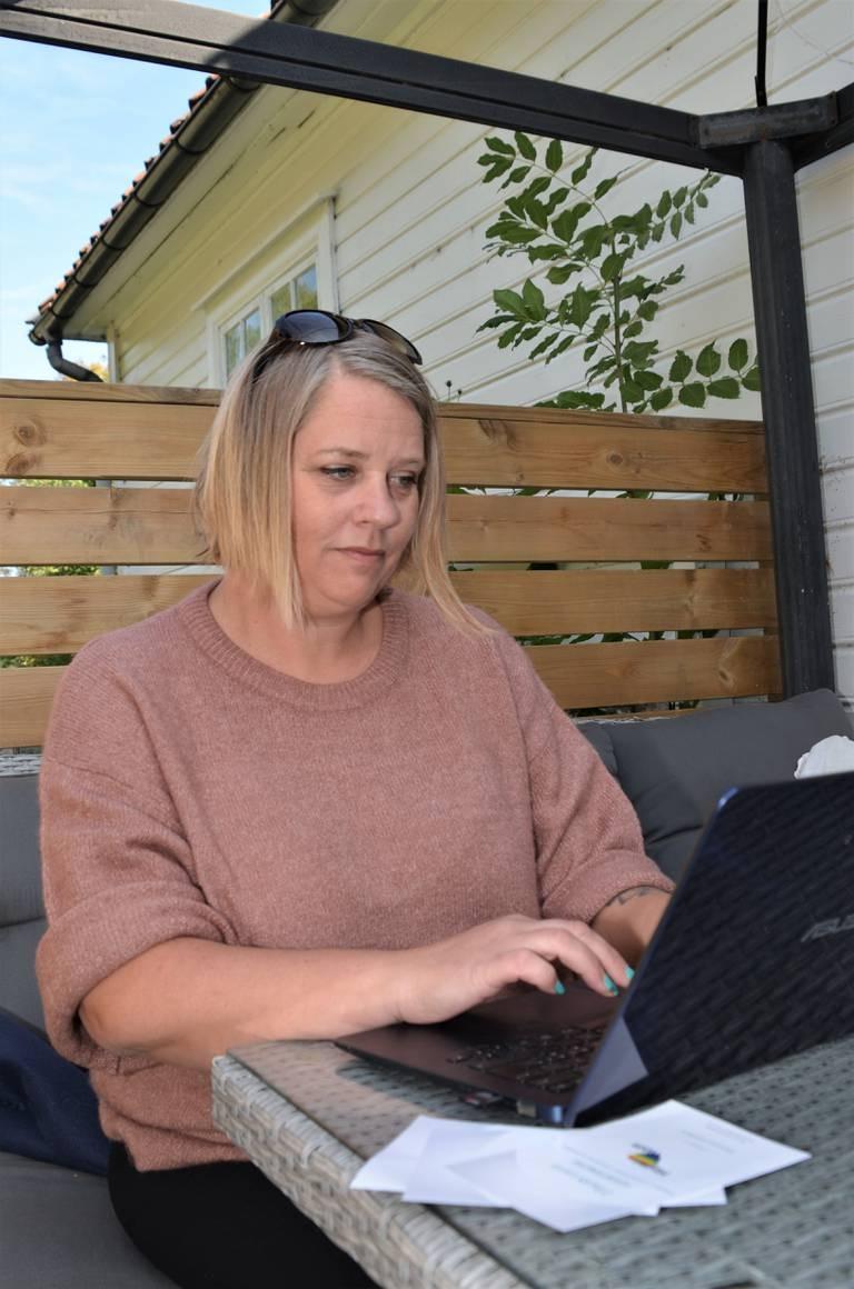 Hege Hansen er klar til å spre kunnskap om hvordan lærere og helsepersonell kan møte mennesker med andre legninger.