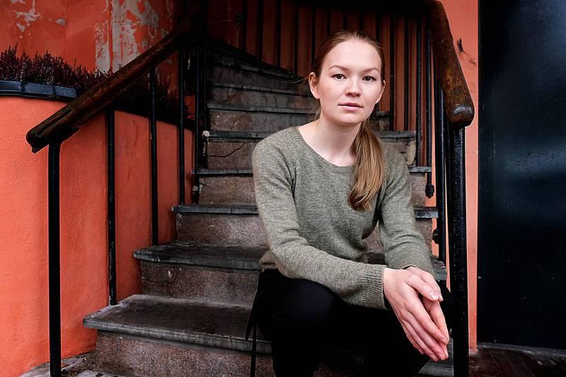 Spellemannprisvinner Marja Mortensson er klar med ny musikk sammen med KORK. Nå gir hun seg tradisjonene i vold.