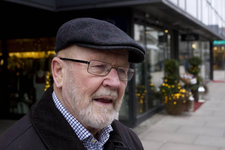 «Vi ser det som vår oppgave å bidra til at denne saken ikke blir glemt eller forsøkt tiet i hjel», skriver Finn Åsmund Johnsbråten.