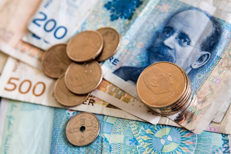 KONTANTER: Det er flertall på Stortinget for at den lovpålagte plikten til å ta imot kontanter ikke fjernes.