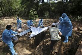 Forskere: India kan ha godt over 1 million koronadødsfall