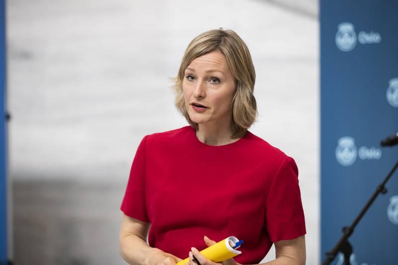 Byråd for oppvekst og kunnskap Inga Marte Thorkildsen (Sv) i Oslo kommune ber om at muntlig eksamen avlyses. Foto: Berit Roald / NTB