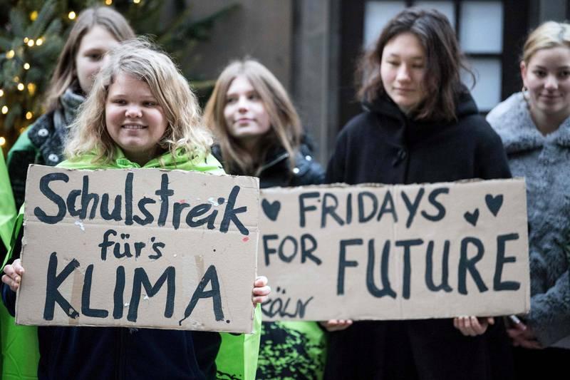 SIER NEI: Et flertall av unge sier nei til fortsatt norsk oljeleting, ifølge tall fra Fremtiden i våre hender. Over hele verden øker engasjementet blant yngre for å stanse klimautslippene. FOTO: NTB SCANPIX