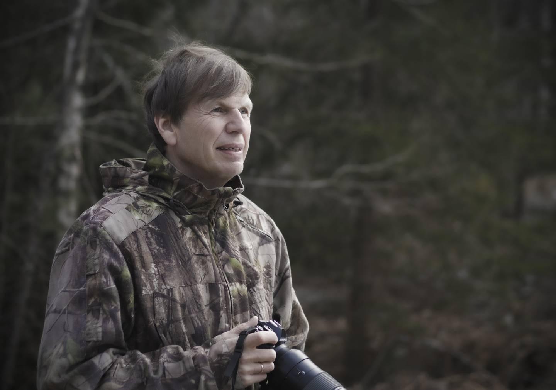 – Den moderne, forskningsbaserte holdningen til natur må gjenspeiles i dagens jaktpraksis, mener naturfotografen Pål Hermansen.