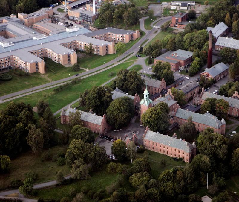 ANNO 1855: Gaustad sykehus er landets eldste og mest betydningsfulle psykiatriske sykehus, et godt bevart og fredet sykehusanlegg.FOTO: CORNELIUS POPPE/NTB SCANPIX