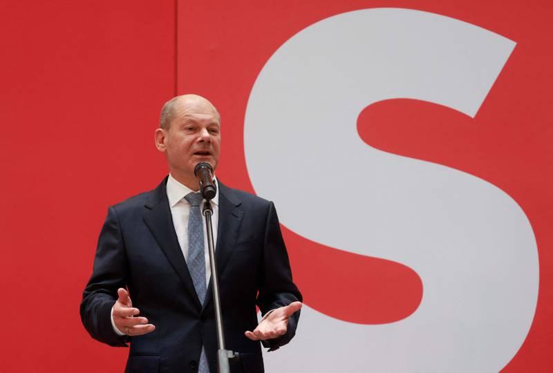 Sosialdemokratene i SPD og deres kanslerkandidat Olaf Scholz ble største parti i valget i Tyskland. Veien fram til regjeringsmakt er kronglete.