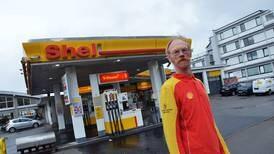 I 33 år har Egil jobbet nattevakt - nå skal Shell'en rives