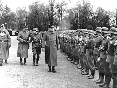 En offentlig skittentøyvask, en frontkjemper og en Royal Navy-bror, og liste over 308 nordmenn som falt i kamp for Waffen-SS