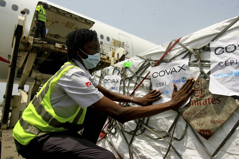 Koronavaksiner distribuert av Covax ankom Elfenbenkysten i februar i år.