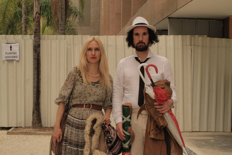 Edy Poppy og Julian Blaue tilbake i Rio i 2018 for å samle bevis mot seg selv til rettssaken.