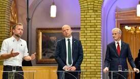 Det må bli Støre-trio