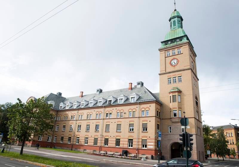Det er ikke smart å selge sykehustomt, sier Bjørg Sandkjær, som er bystyrerepresentant for Sp og partiets annenkandidat i Oslo.  Foto: Terje Pedersen / NTB