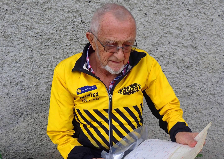Tormod Høimyr har ført statistikk over samtlige løp han har deltatt i på Markakarusellen til IF Sturla gjennom 50 år. 403.jpg