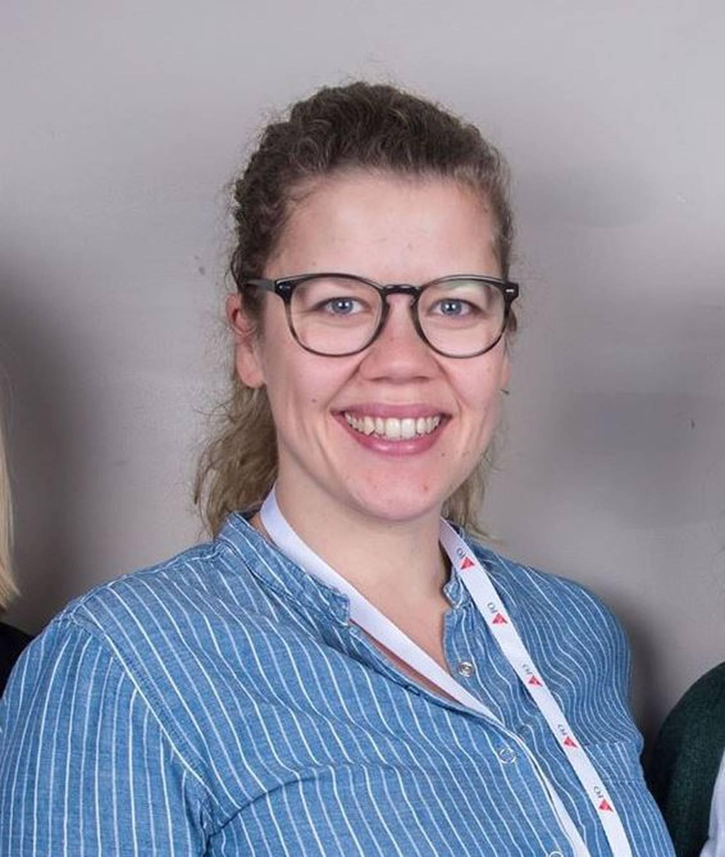 Liv Elise Nilssen Hammer,  Sosionom, universitetslektor og tidligere NAV-ansatt.