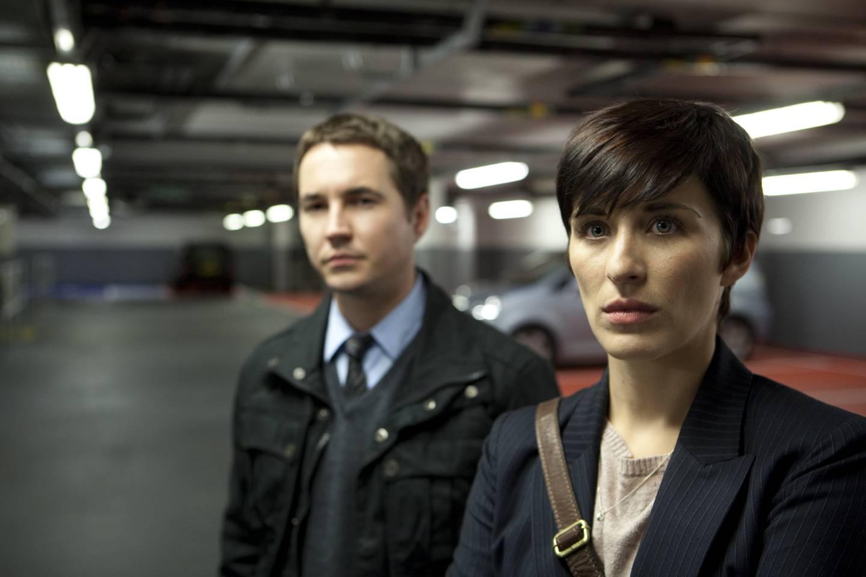 «Line of Duty»s to etterforskere Steve Arnott og Kate Fleming dukket opp som «Korrupsjonsjegerne» på NRK1 i 2015, men var først på TVNorge da serien var helt ny i 2012.