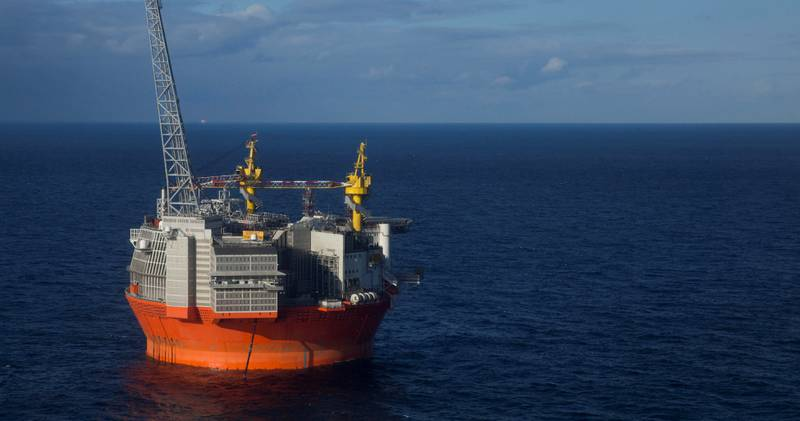 Mye av den nye norske energiproduksjonen er fortsatt basert på fossile reserver. Goliat-plattformen ble nylig tatt i bruk.