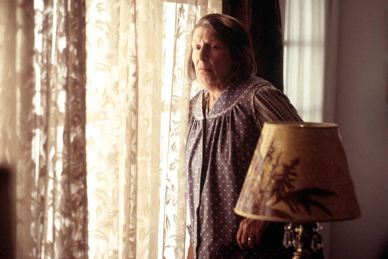 Livia Soprano, moren som kunne ødelegge dagen og mer enn det for sønnen Tony. Gjengangsreplikk: «I wish the Lord would take me now».