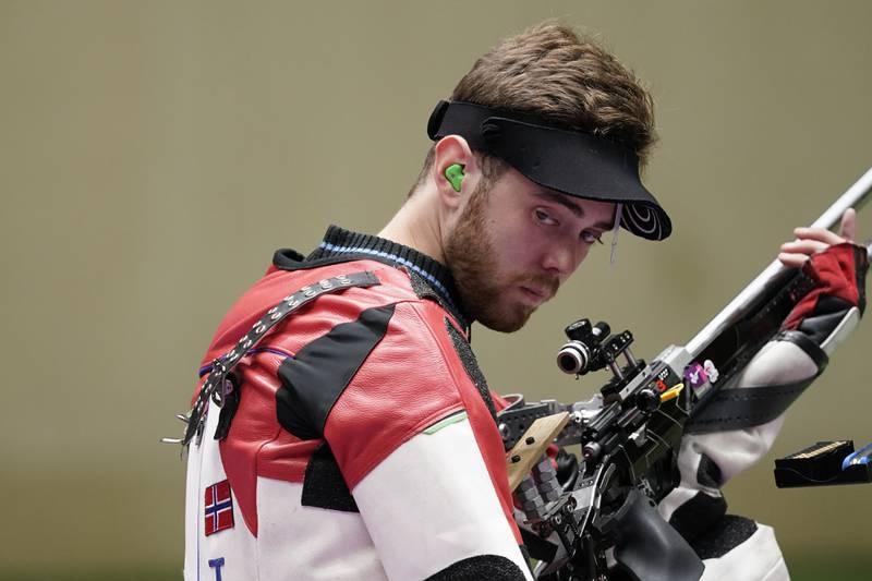Skytteren Jon-Hermann Hegg i  OL-finalen i rifle helmatch under OL i Tokyo 2020. Foto: Heiko Junge / NTB