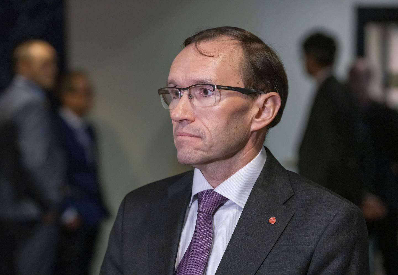 Klimapolitisk talsperson og stortingsrepresentant Espen Barth Eide (Ap) mener parkeringsavgift-forslaget skal bidra til mer kommunalt selvstyre. Foto: Ole Berg-Rusten / NTB