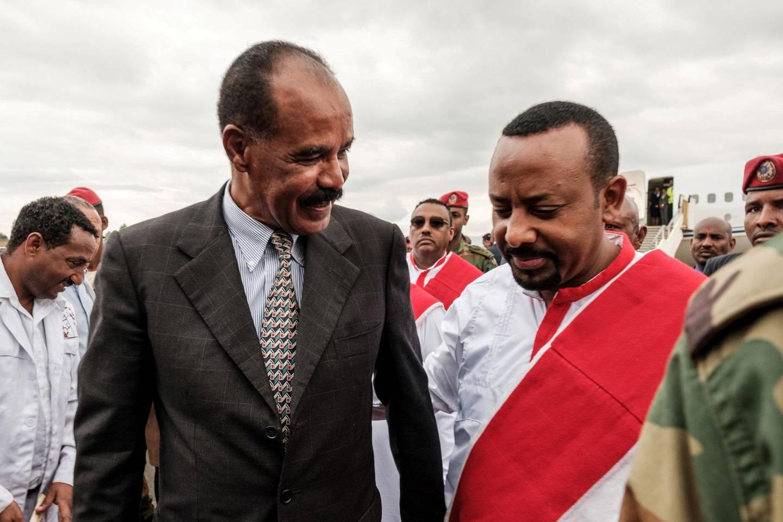 Fredsinitiativet overfor Eritrea er det den viktigste grunnen til at Abiy Ahmed får prisen. Her med Eritreas president under sistnevntes besøk i Etiopia i november i fjor. FOTO: NTB SCANPIX