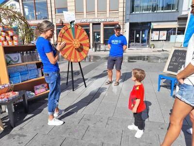 Vellykket marked for Blå Kors: Samlet inn 30.000 kroner