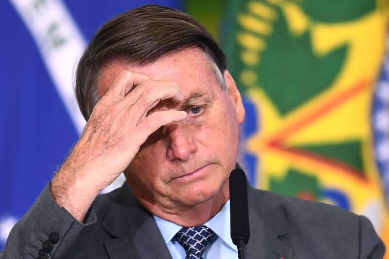 For første gang støtter et flertall av den brasilianske befolkningen riksrett mot president Jair Bolsonaro.