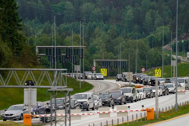 Svinesund 20210611. Trafikk inn til Norge over Svinesund fredag ettermiddag. Foto: Torstein Bøe / NTB