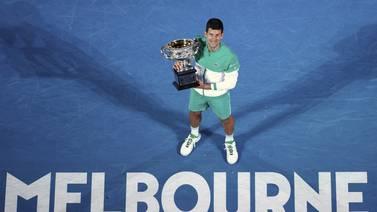 Djokovic usikker på om han vil ta vaksine og forsvare Australian Open-tittelen
