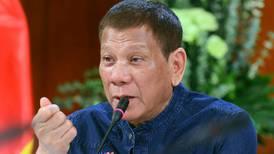 Duterte anbefaler bensin for å rengjøre ansiktsmasker: – Jeg tuller ikke