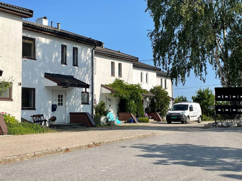 Skytterveien 20 (Gnr 208, bnr 768, seksjon 4) er solgt for kr 3.680.000 fra Irene Müller til Linda Louise Hansen (21.07.2021)