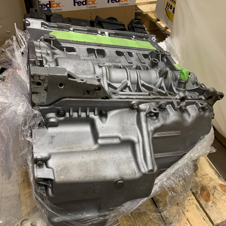 I varebilen ble det også funnet en bilmotor som mannen hadde unnlatt å deklarere.