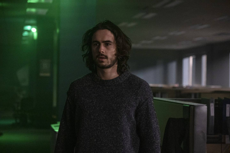 Yorick (Ben Schnetzer) er den eneste mann med y-kromosom igjen på jorda.