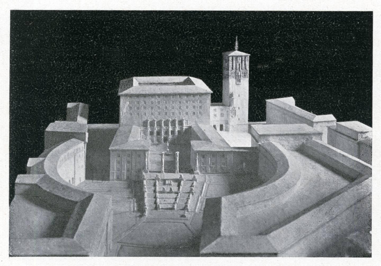 I oktober 1923 ble det holdt utstilling «Kristiania nye rådhus» i Kunstnerforbundet. Modellene viser en rådhusbygning i åtte etasjer med ett tårn på siden. Mot sjøen skulle det i første etasje bli plass til en større restaurant. Hovedinngangen er fra rådhusgården inn mot byen hvor man kommer inn i en stor rådhushall. Det er likheter med Rådhuset slik det ble, men også store forskjeller.