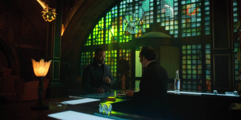 Anthony Mackie har hovedrollen som resirkulert sjel og actionhelt i «Altered Carbon».